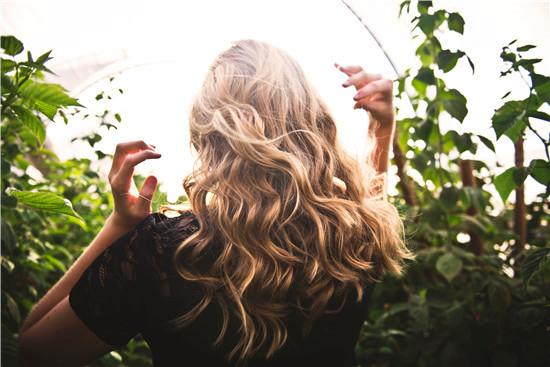 毛发 头发 吸引异性