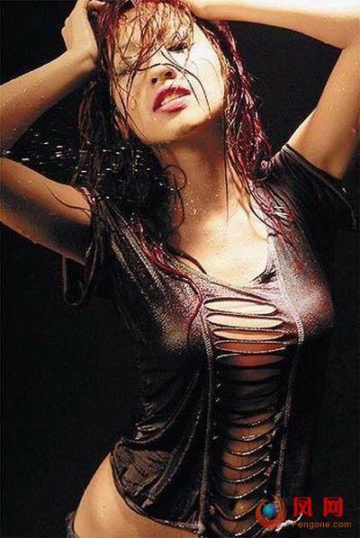 女星 湿身 凸点 玉女